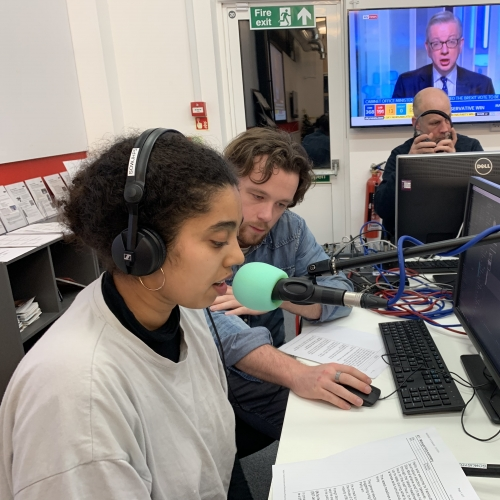 Journalism students in the newsroom