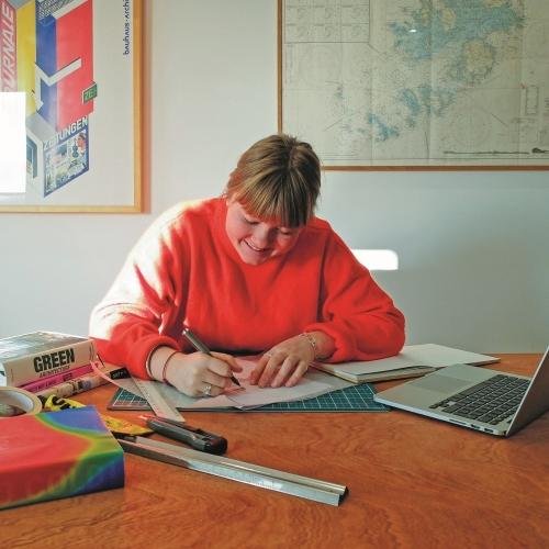 Architecture graduate Nina Jones