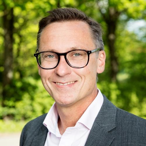 Portrait photo of Patric Eriksson