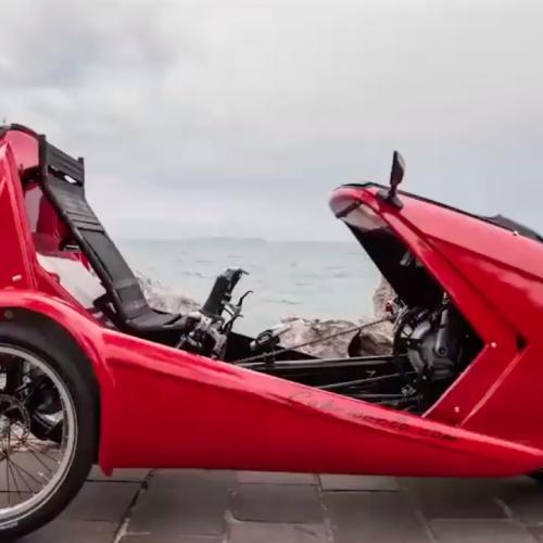 Red racing bike / car