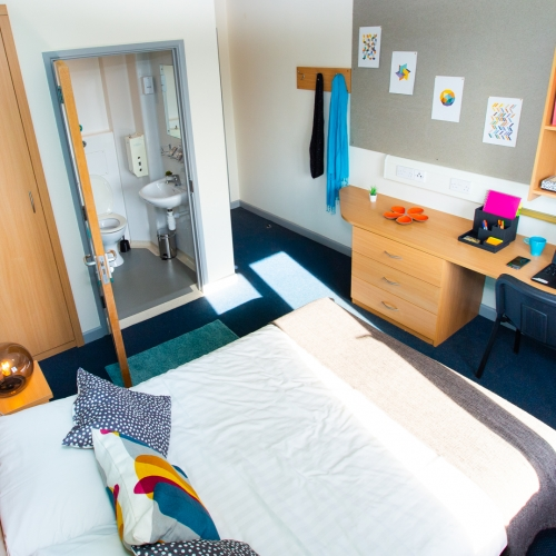 Doublebed with ensuite at Glasney Student Village